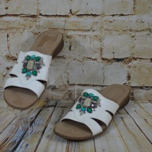 Naturalizer  Faux Leather White Beaded Sandals